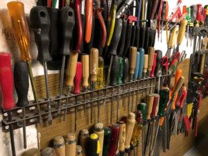 selbstgebaute Werkzeugbank